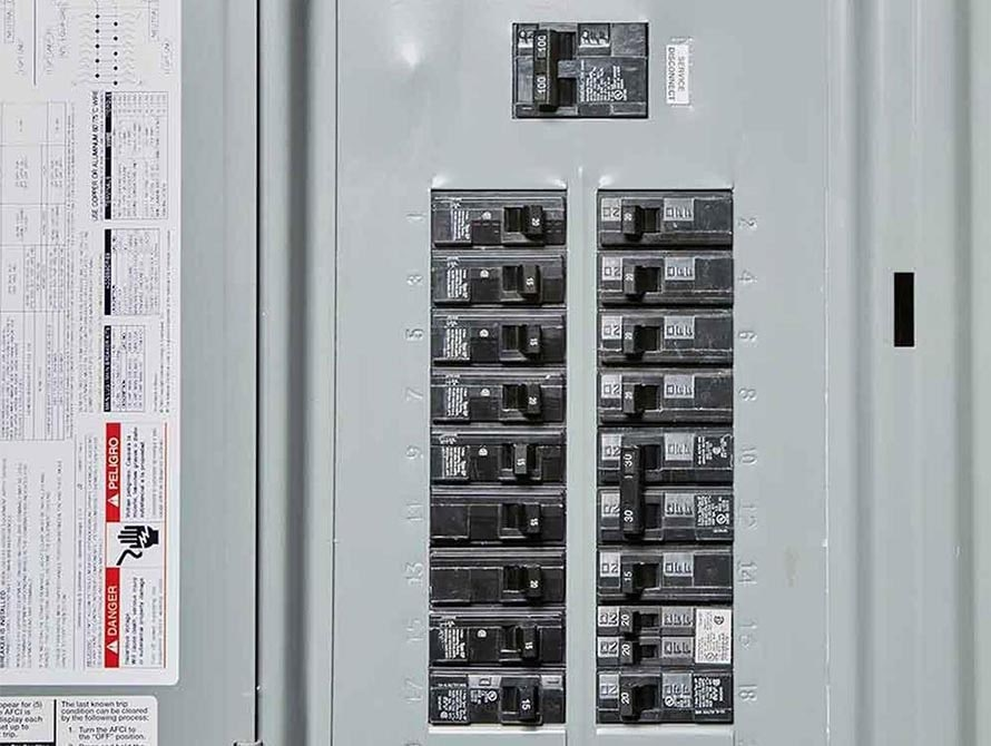 electrical_panel_upgrade-min